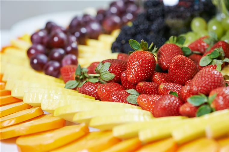 assorted fruit platter