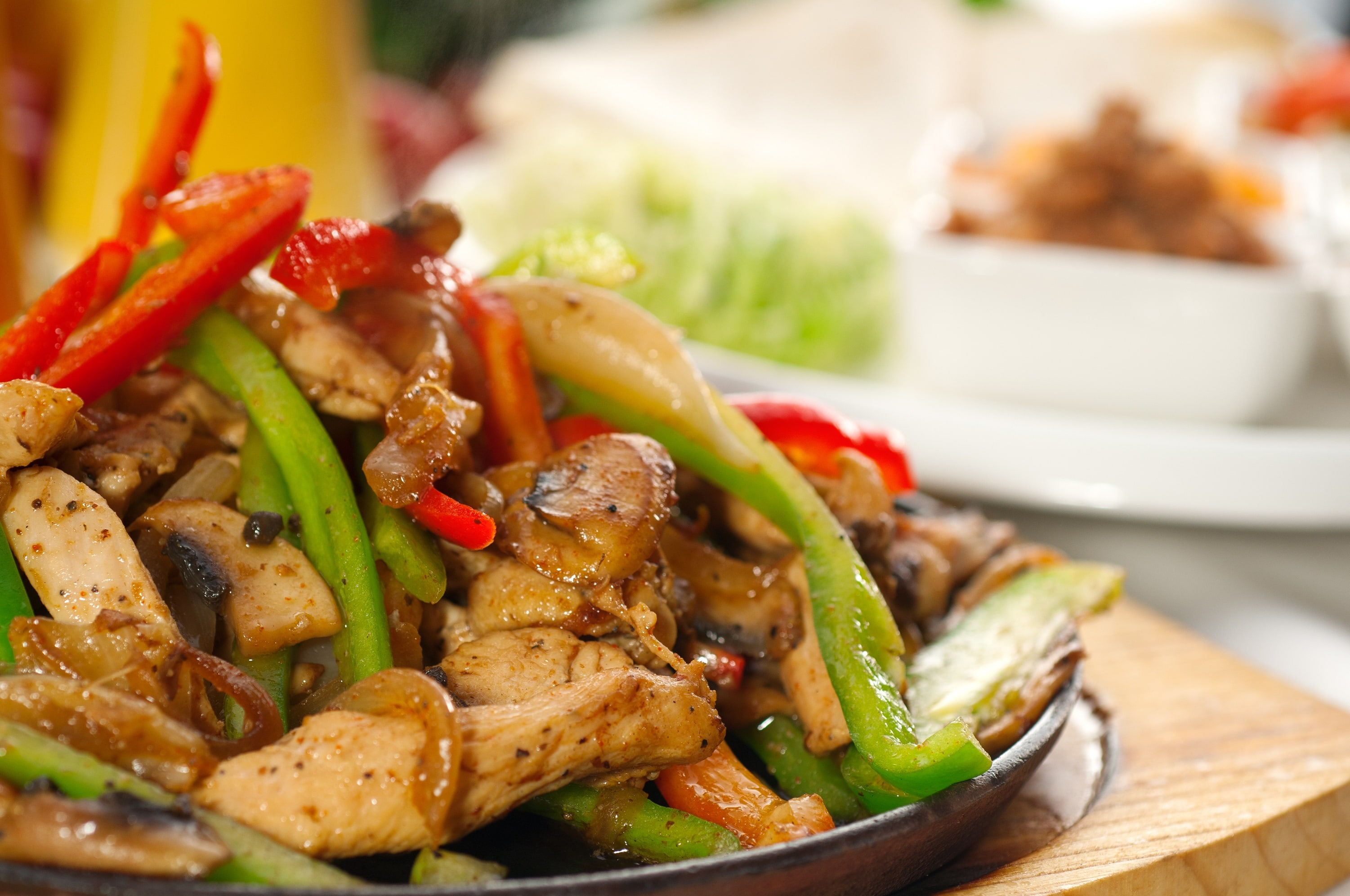 Chicken fajita with green peppers and onions