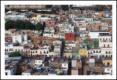 overhead shot of the buildings and homes in Zacatecas