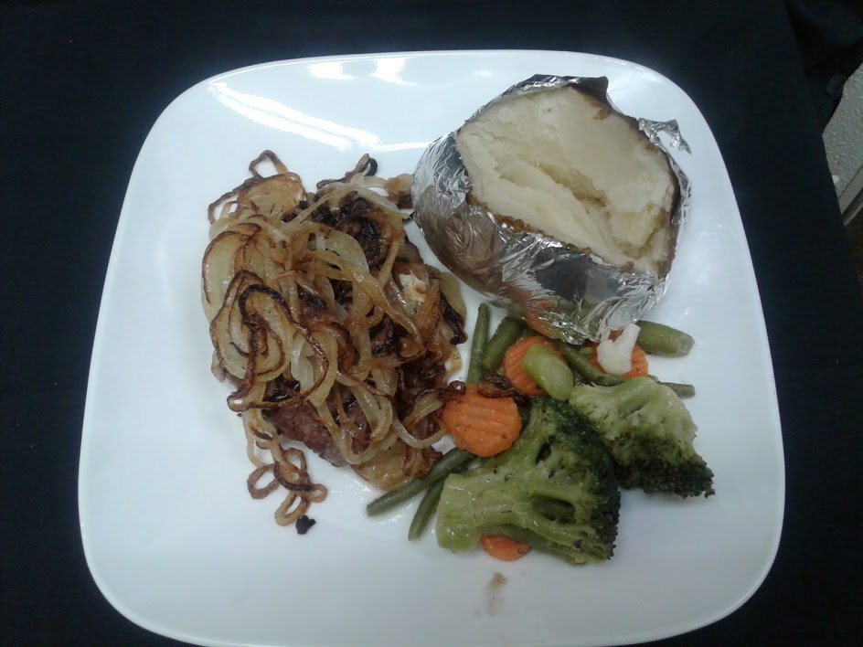 12 oz. fresh ground chuck topped with grilled onions, sautéed mushrooms and Jack cheese. With a side of vegetables.