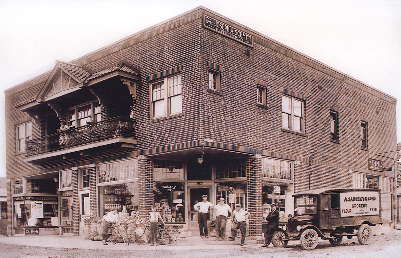 A vintage photo of the original building where Samosky's Homestyle Pizzeria was located