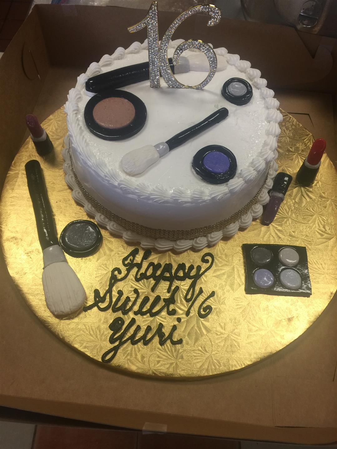 makeup themed sweet 16 cake