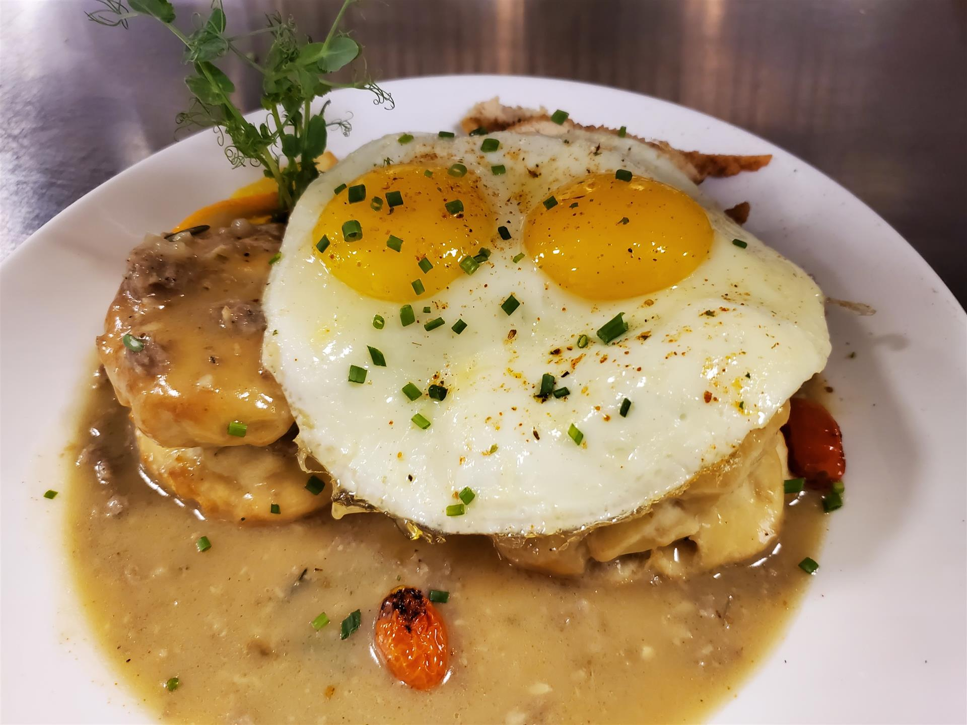 sunny side up eggs on chicken biscuits