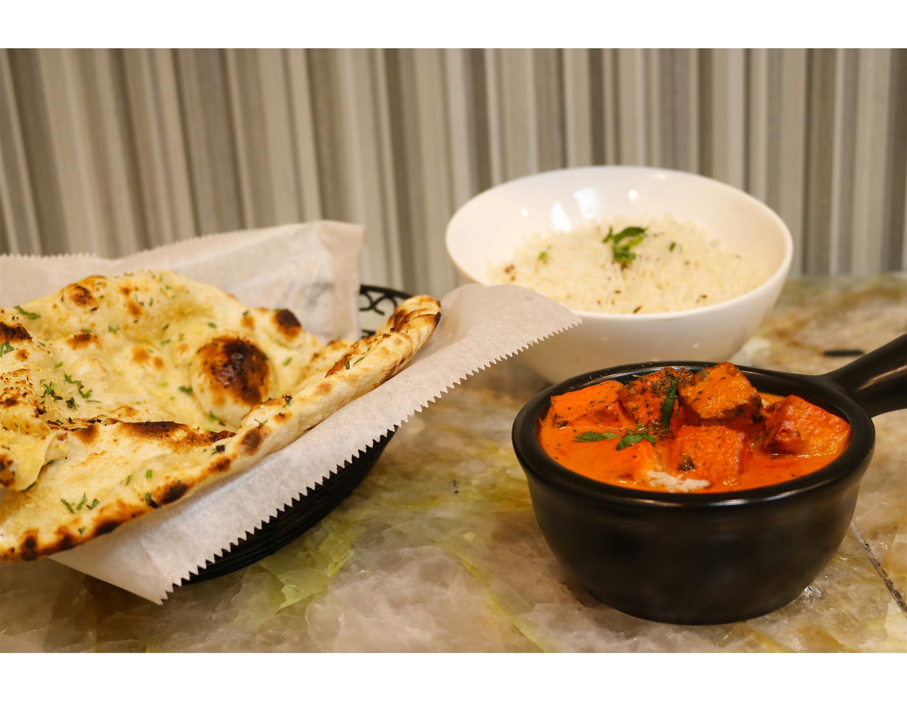paneer with naan and rice