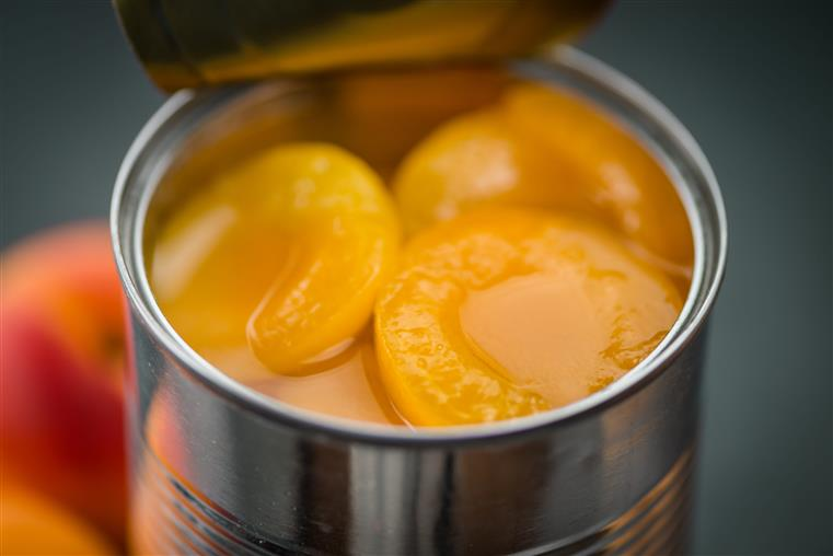canned peaches with juice