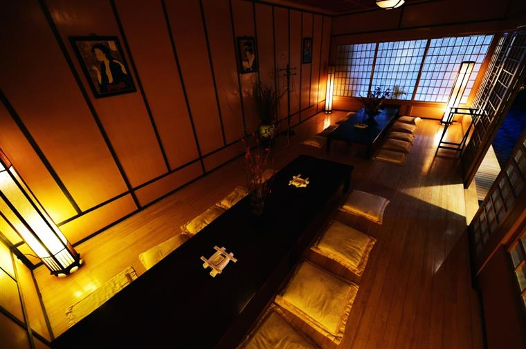 TATAMI ROOM: authentic floor style tables and seating are comfortable (your legs and feet slip into an opening under the table) and relaxing