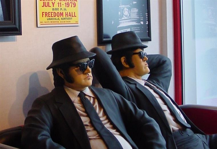 blues brothers statues inside the restaurant
