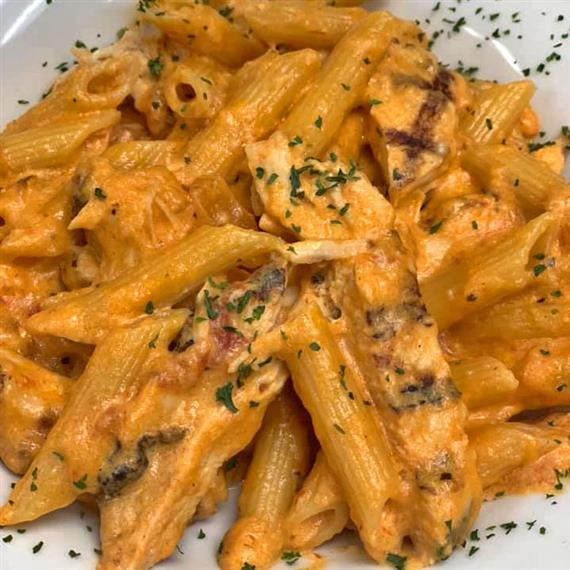 Penne a la vodka with grilled chicken