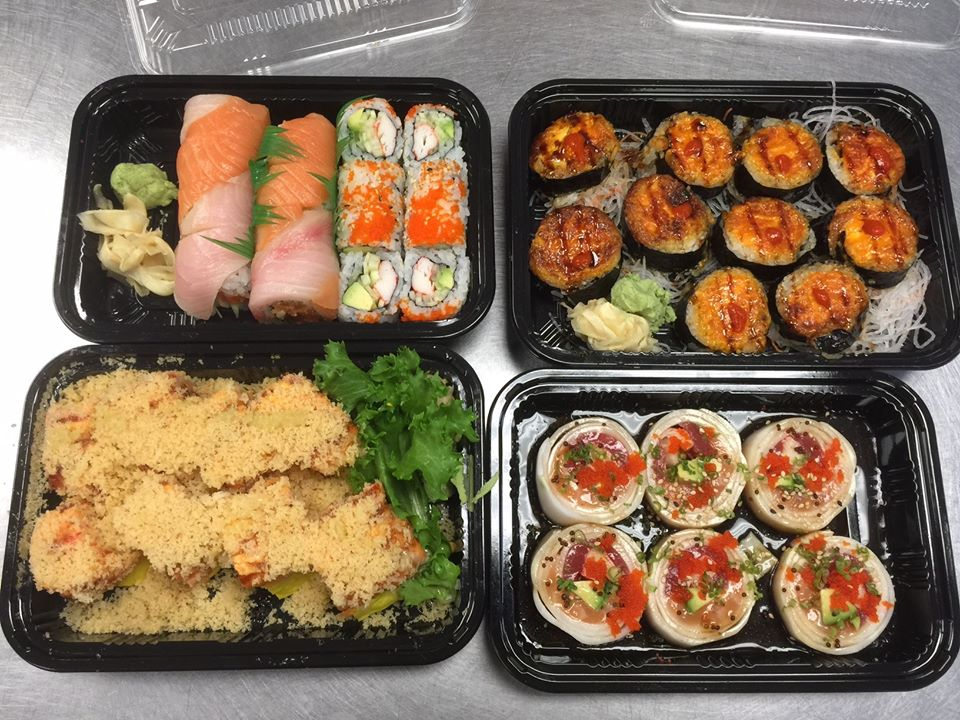 sushi takeout containers