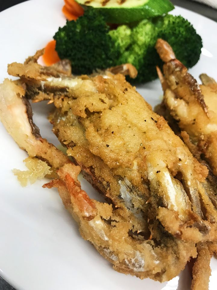 fried crab with mixed vegetables