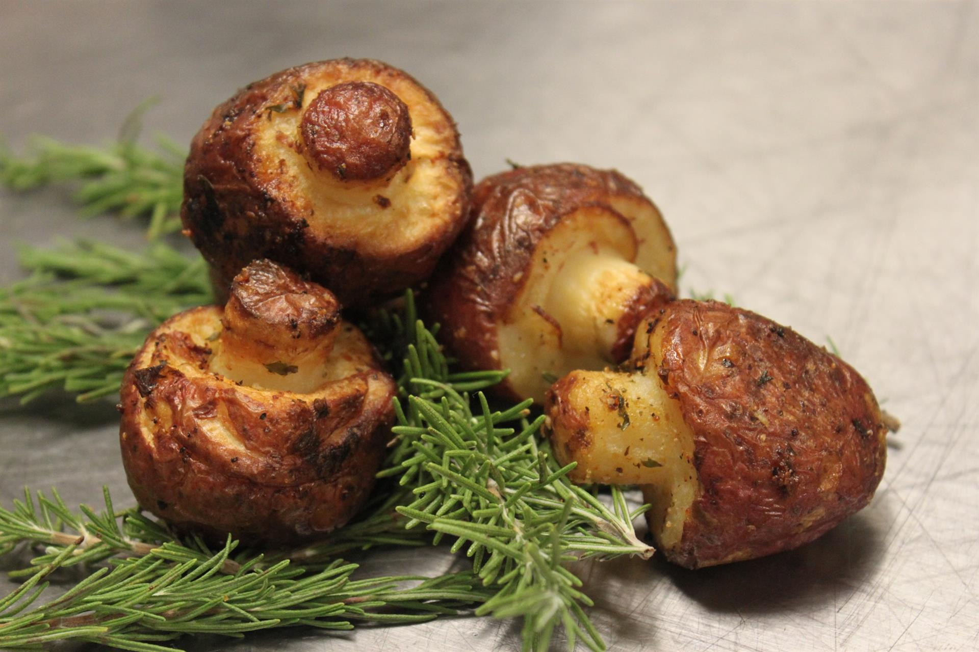 roasted mushrooms with rosemary
