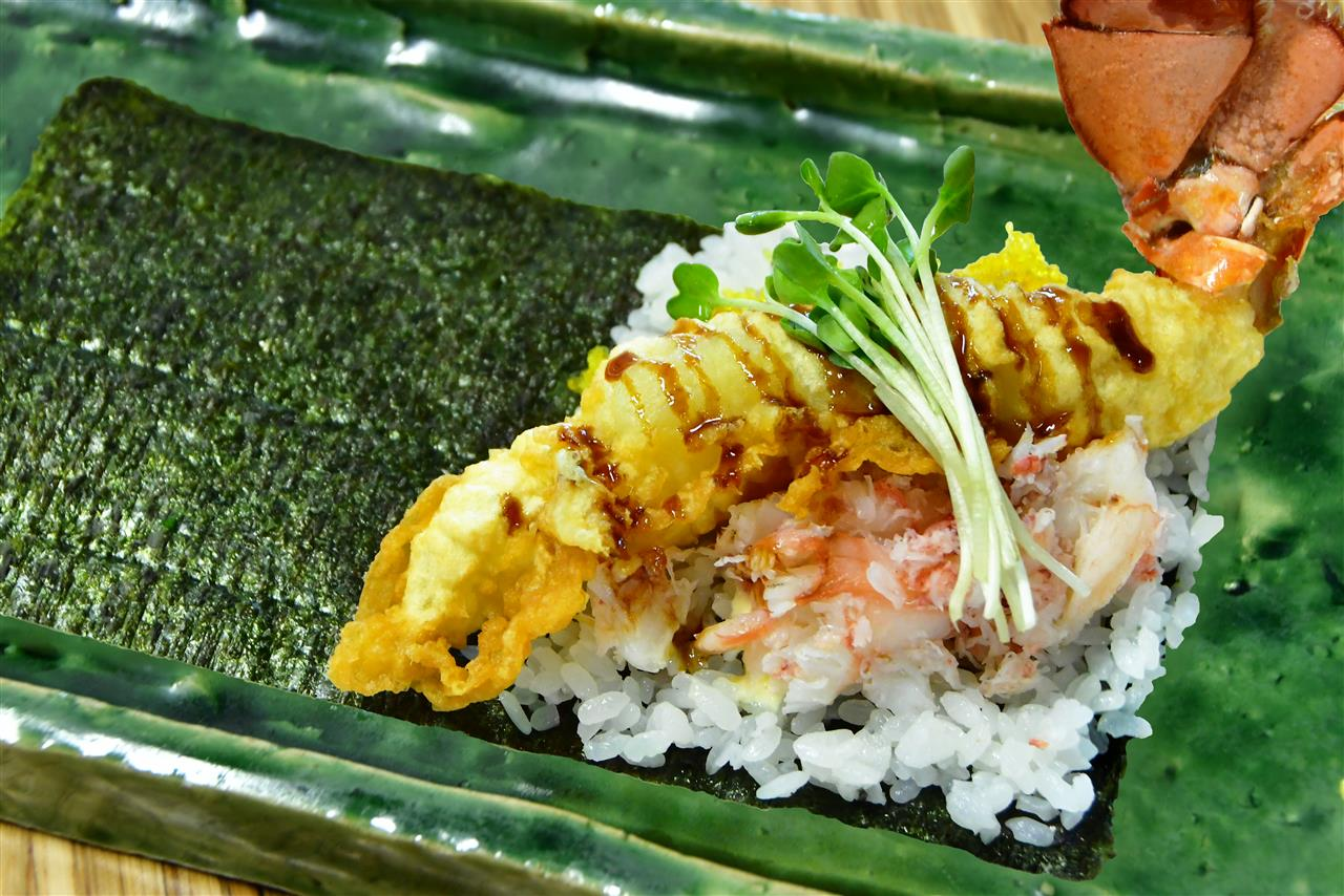 Lobster TEMAKI Sushi