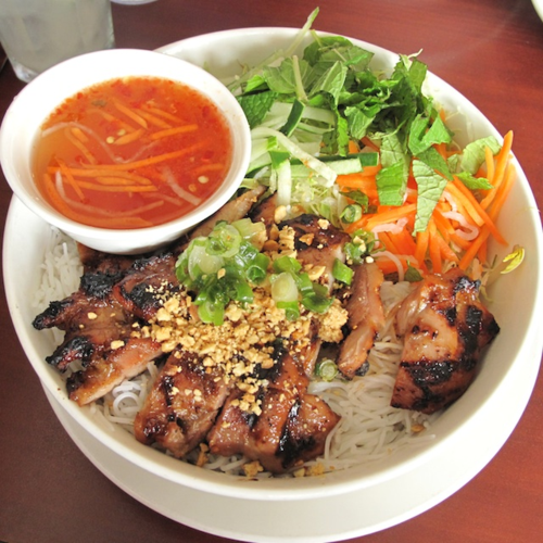 (45) Vermicelli with Charbroiled Chicken