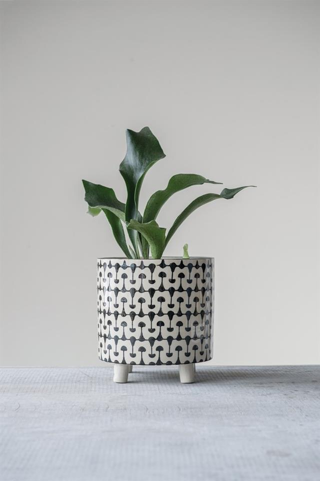 Black & Cream Stoneware Planter