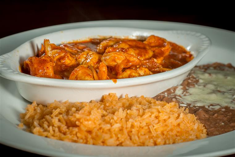 shrimp in diablo sauce with spanich rice