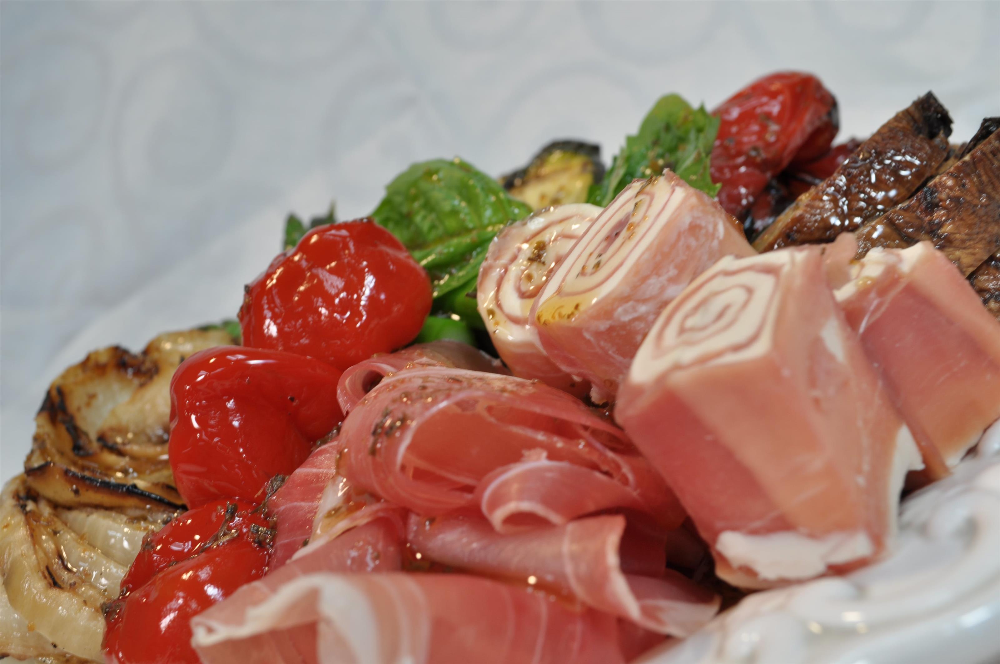 antipasto salad with meats, cheeses and vegetables