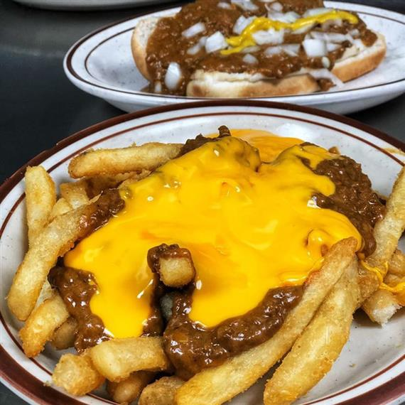Fries smothered in chili and melted cheese