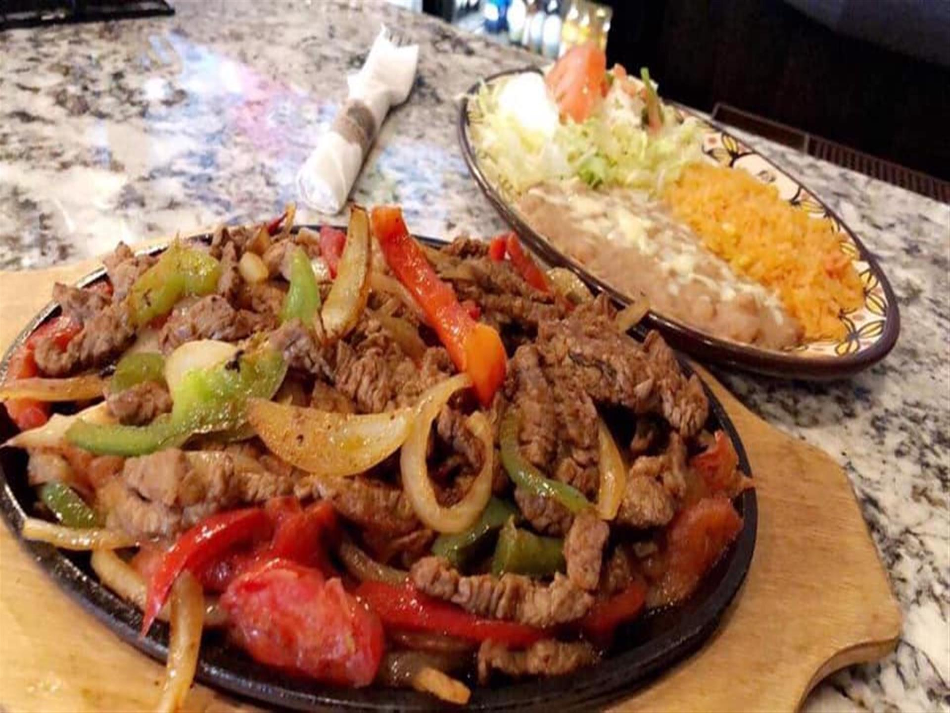 steak fajitas with rice and beans