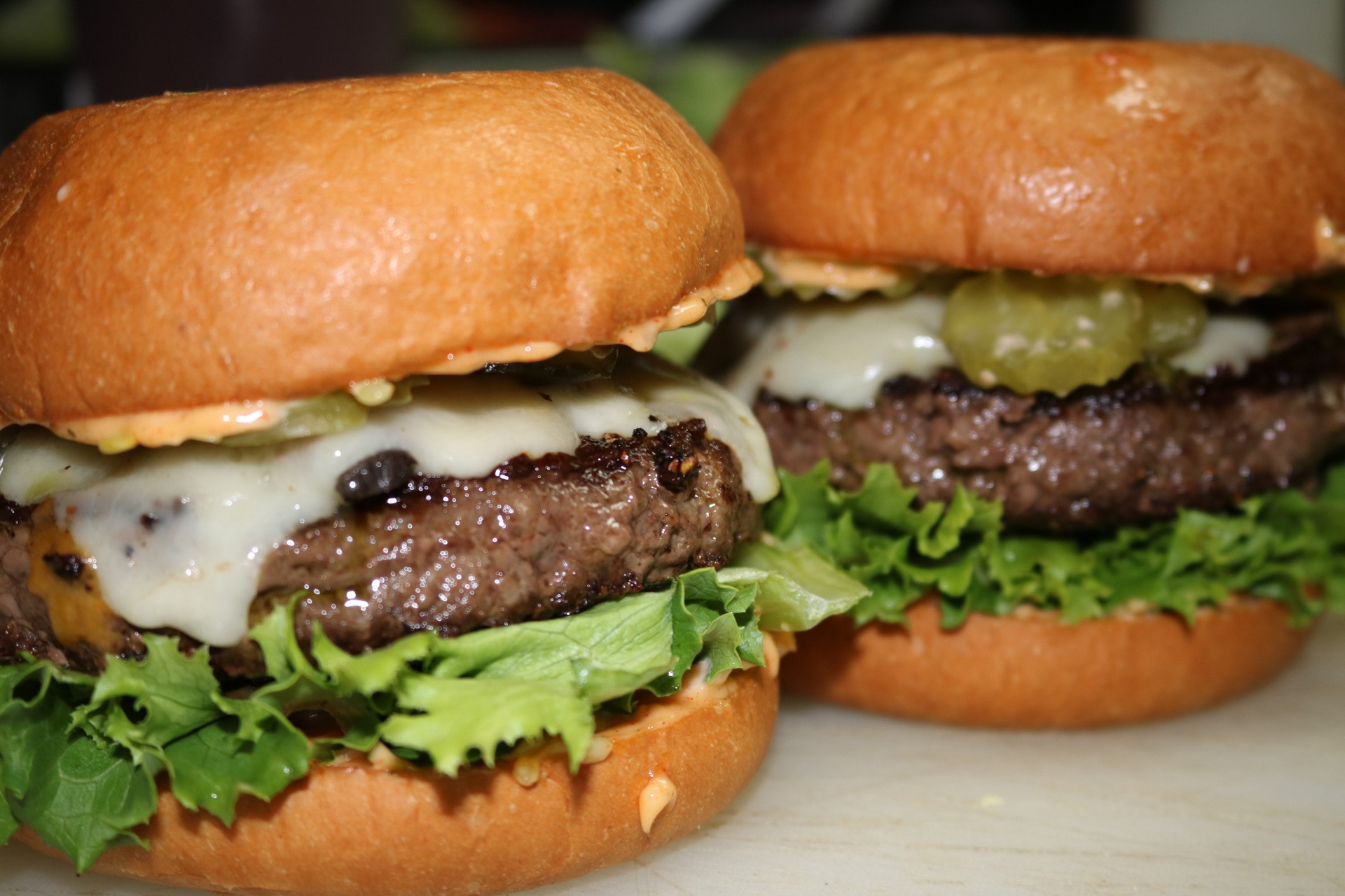 THE MEDIC – Wagyu Beef Patty, Grilled Mushrooms, Swiss Cheese, Green Leaf, Pickles Hidden Sauce, Basil Pesto