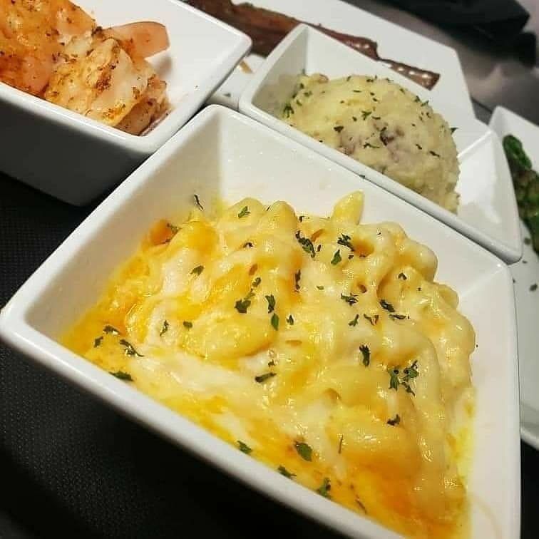 mac n cheese and mashed potatoes sides