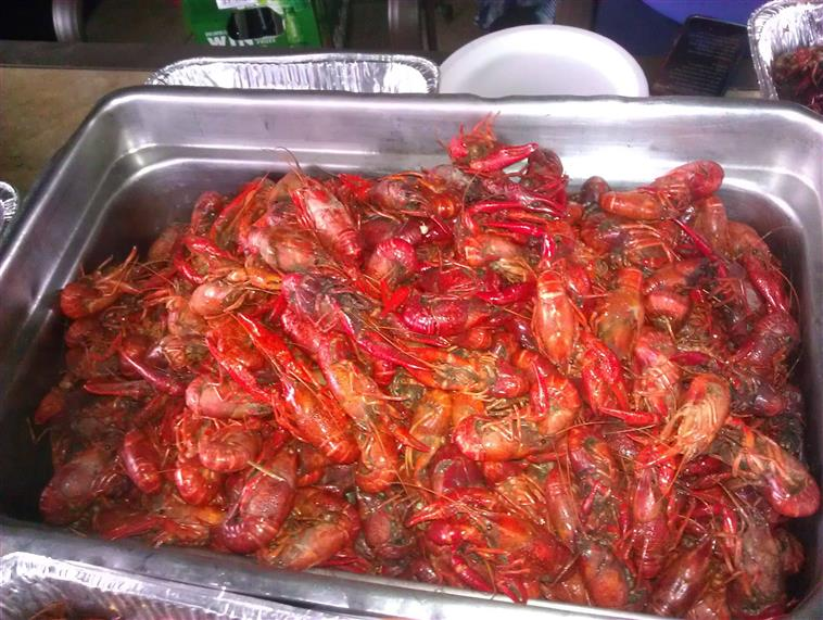 catering tray of crawfish