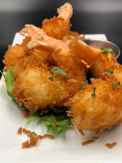 fried coconut shrimp with dipping sauce