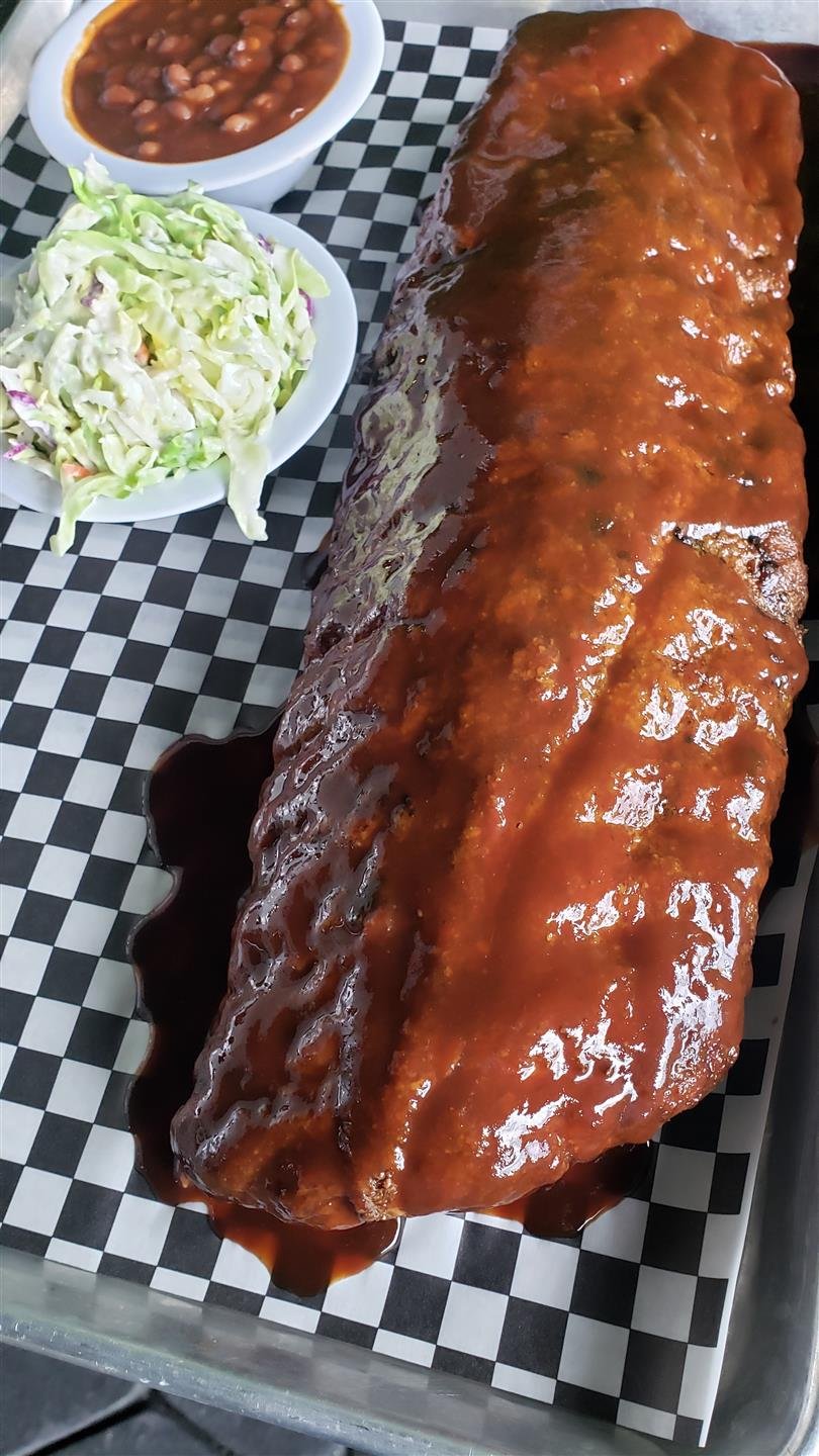 BBQ ribs with a side of coleslaw