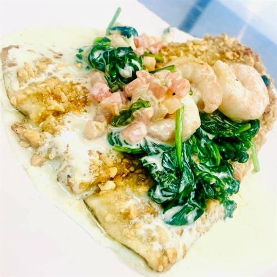 flatbread with shrimp and spinach