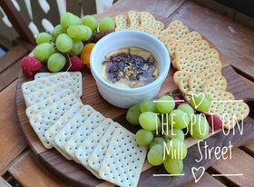 Baked Brie and Crackers
