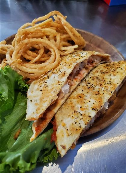 chicken quesadilla with onion rings