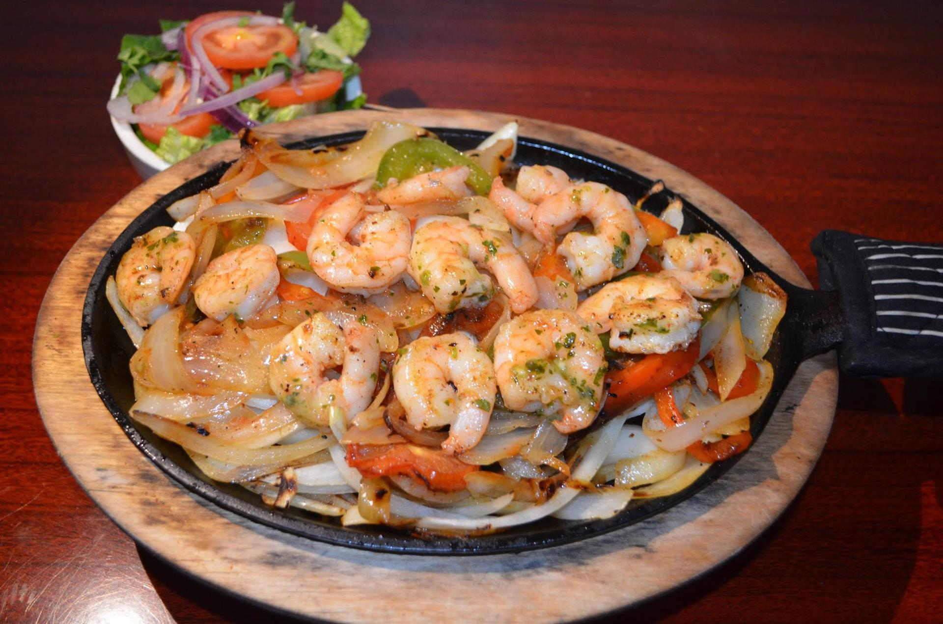 grilled shrimp, onions and peppers