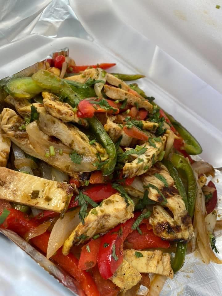 chicken fajitas with peppers and onions
