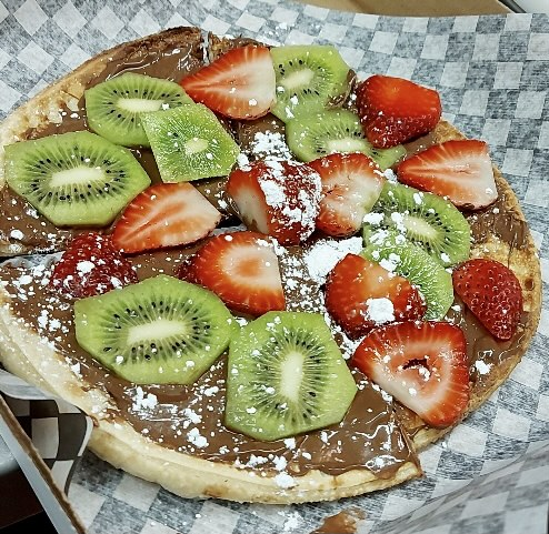 Dessert Pizza made with Nutella