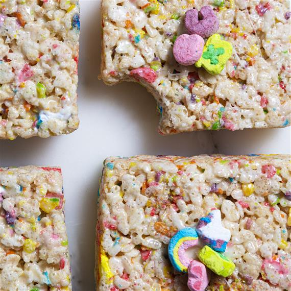 rice crispy treats with lucky charms