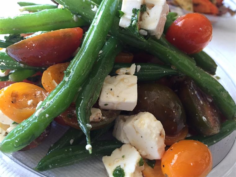 green beans, tomatoes and feta cheese