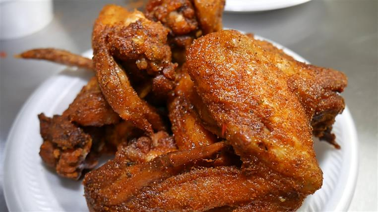 fried chicken wings on a plate