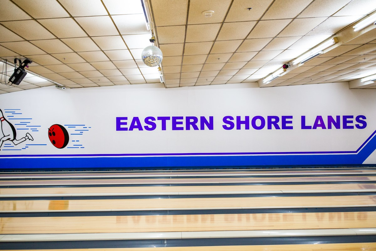 eastern shore lanes mural on the wall