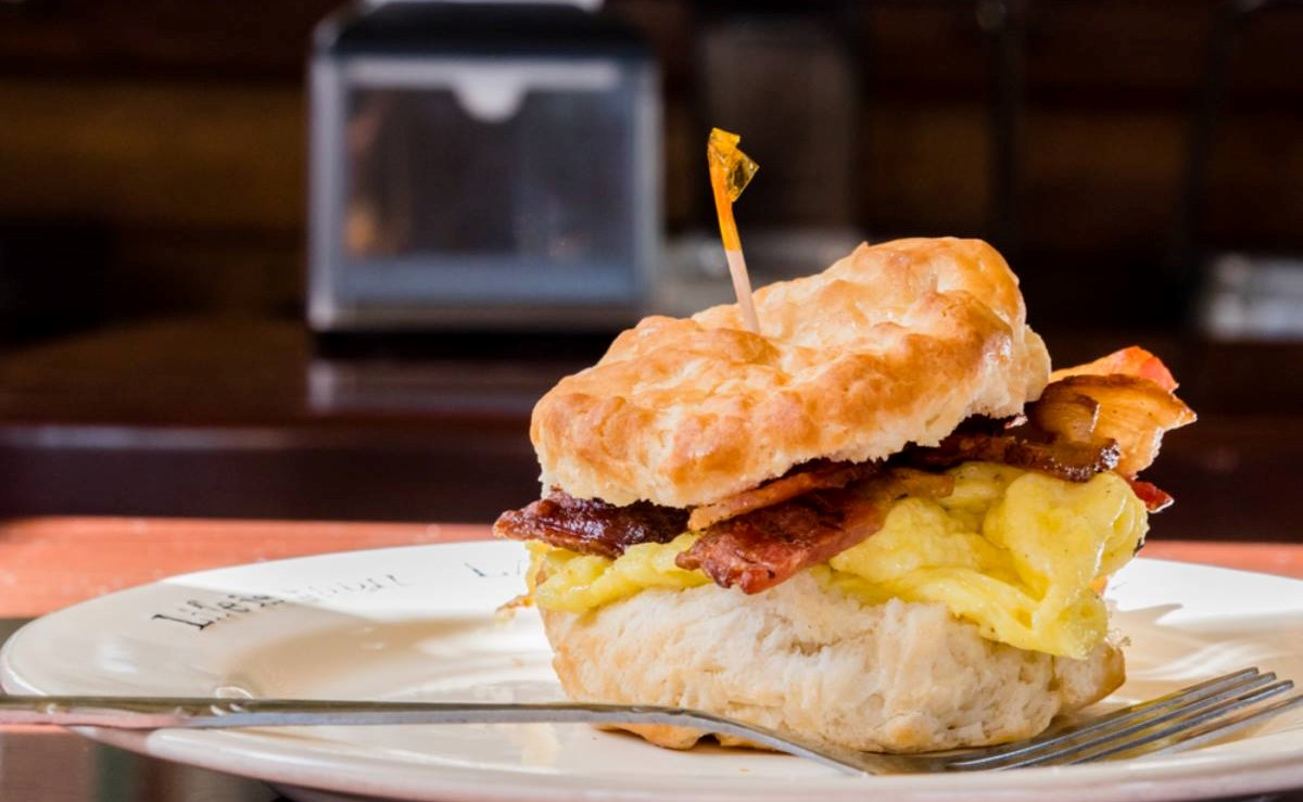 biscuit egg sandwich with bacon