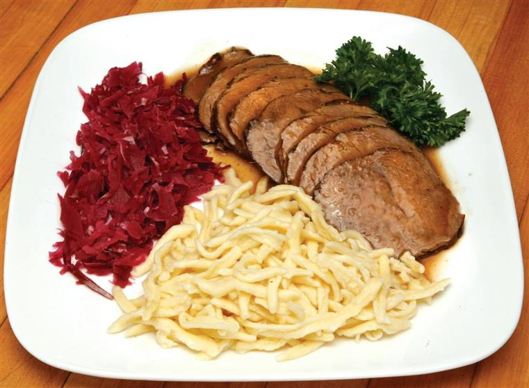 sliced beef, noodles, red cabbage