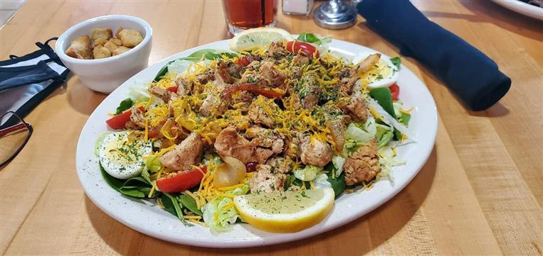 salad toped with chicken
