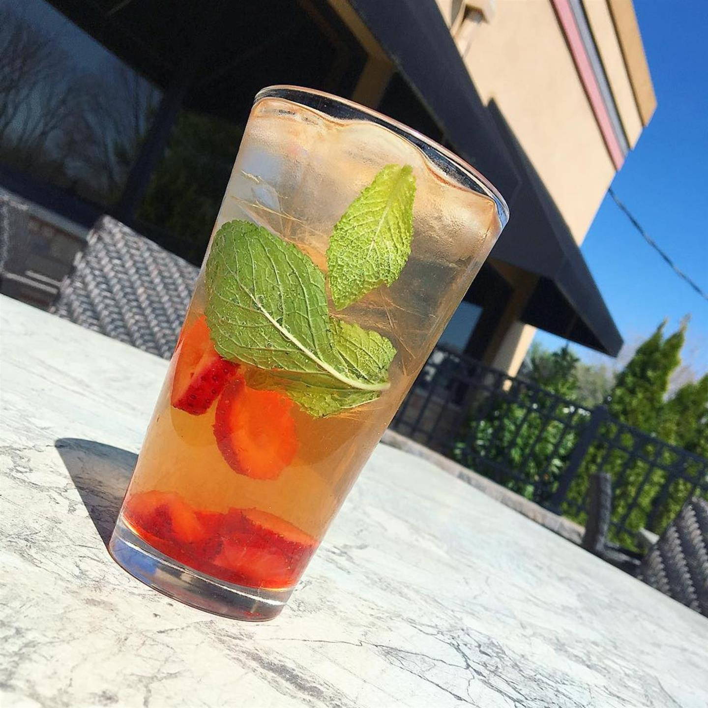 cocktail with mint and strawberries