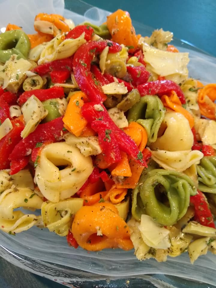 tortellini salad with peppers