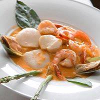shrimp with scallops and sauce