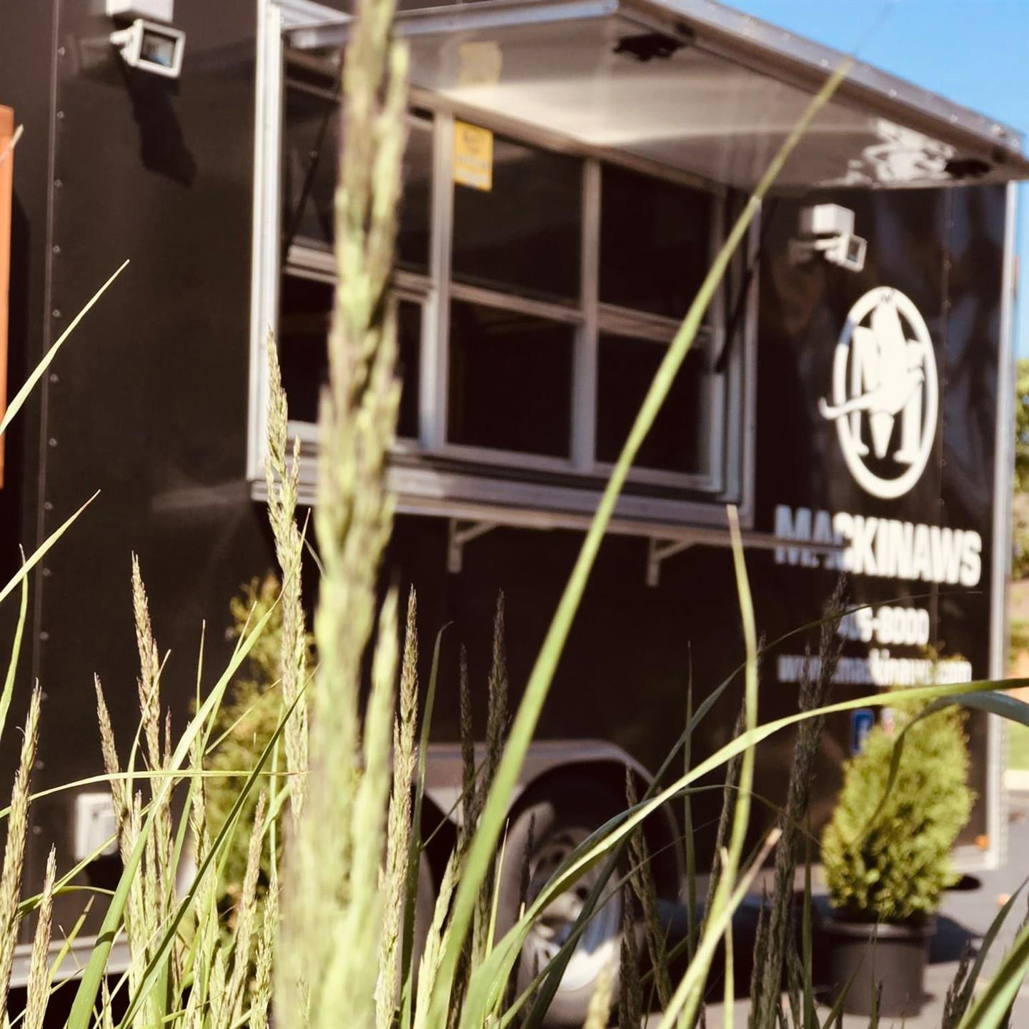 mackinaws food truck