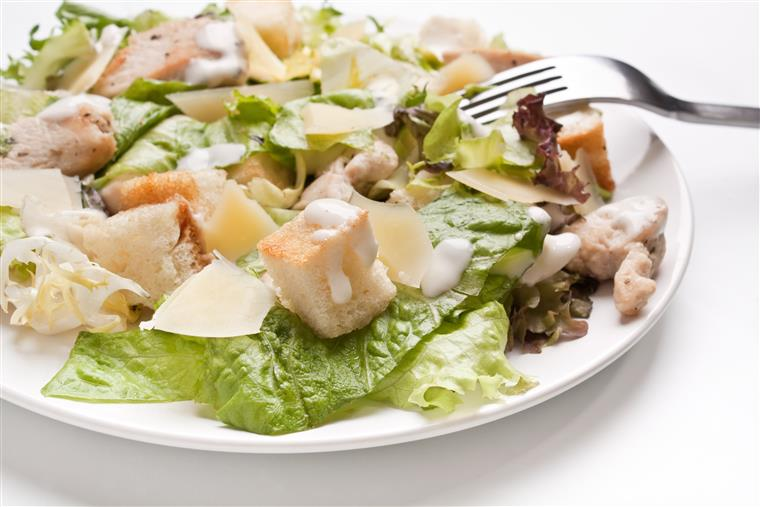 cesar salad with grilled chicken