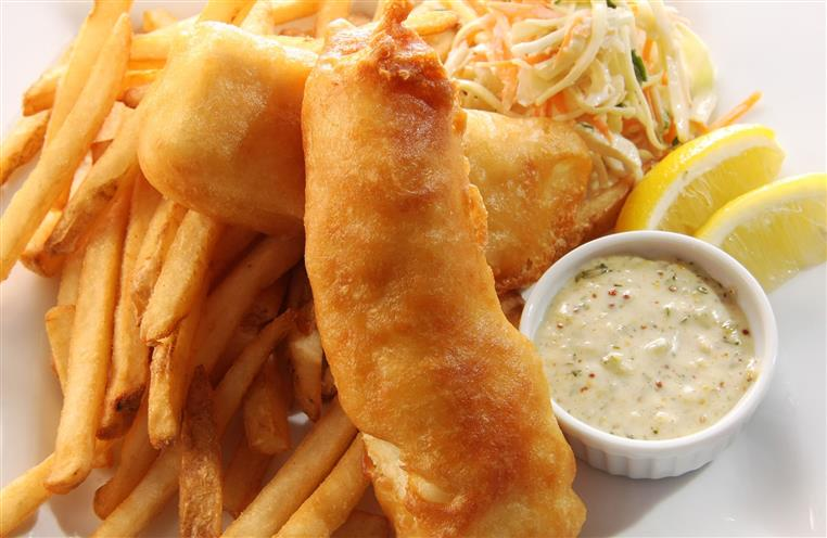 Fish & chips with lemon wedge and tartar sauce
