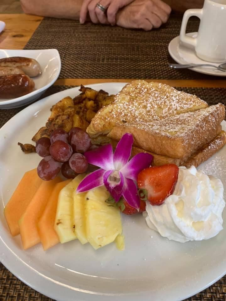 french toast and fruit platter