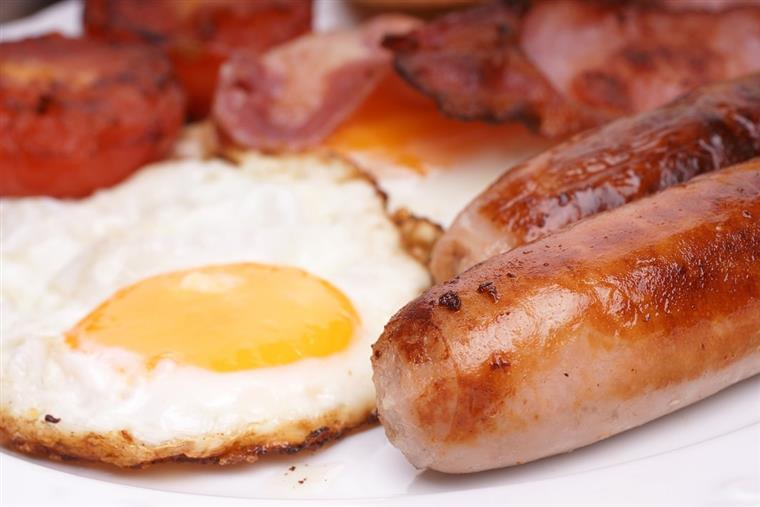 fried egg with sausage