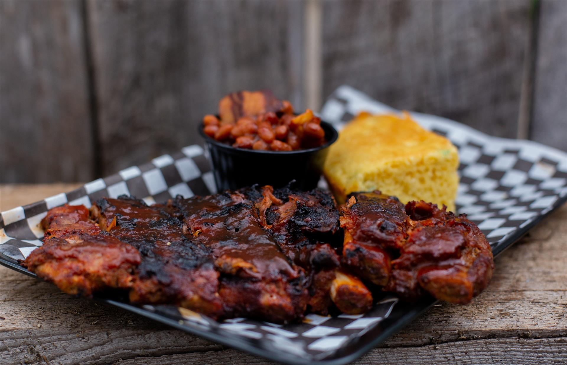 Half Rack of ribs with beans and corn bread