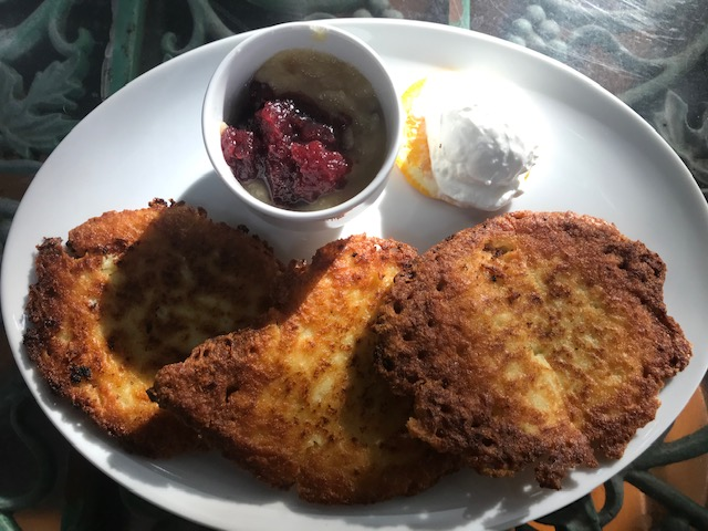 schnitzel with jam and whipped cheese